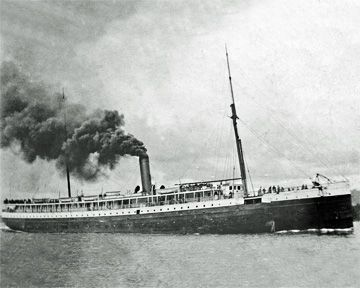 Image for Eight Ghostly Ship Tales